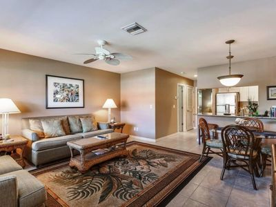 Photo for Sanibel Arms, H7 - Beach Side, 1 Bed/1 Bath