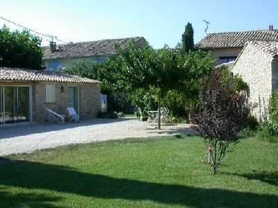 Photo for Small Provence farm with pool, elegant accommodations