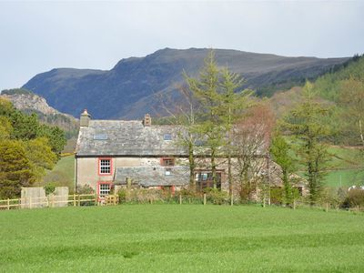 Photo for Traditional Family Friendly Farmhouse cottage - sleeps 8
