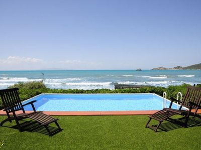 Photo for 6 bedroom Villa, sleeps 10 with Pool, FREE WiFi and Walk to Shops