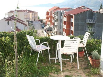 Photo for One bedroom apartment with terrace and sea view Nemira, Omiš (A-2828-e)