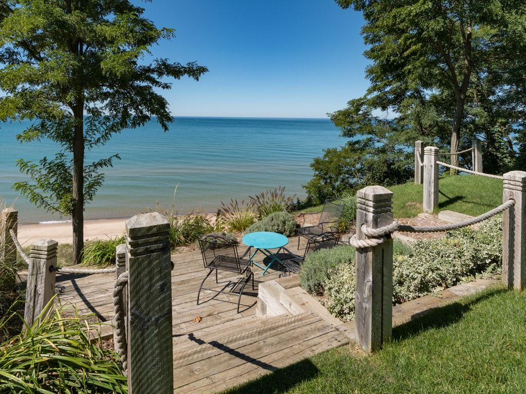 Beach House W Hot Tub And Endless Lake Michigan Views