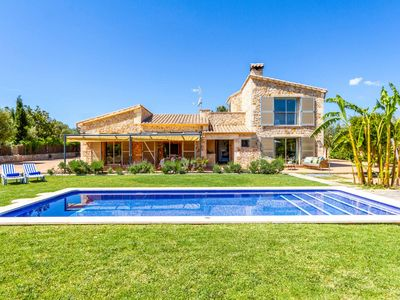Photo for Villa Melis Dos - This villa includes enormous lawns, childrens play area & WIFI