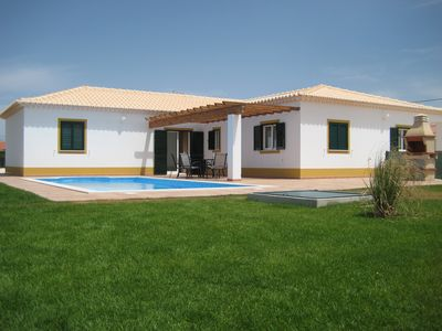 Photo for Quiet family villa with private pool & access to beach and countryside
