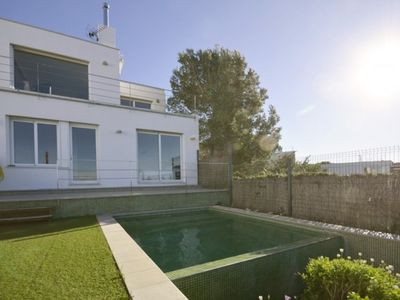Photo for 3 bedroom Villa, sleeps 5 in Begur with Pool