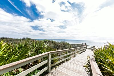 Location - Walk 5 minutes to the beach boardwalk, leading to a sugar-white strip of sand!