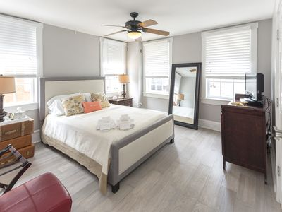 Photo for City Market Central, Contemporary and Professionally Cleaned