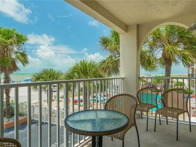 Photo for Beach Place Bliss on Madeira Beach by John's Pass Village