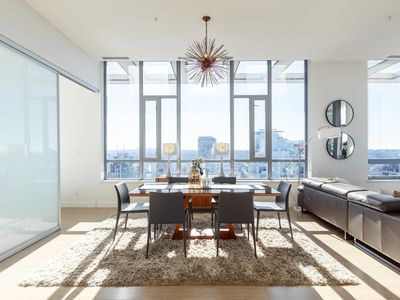 Photo for Luxury Penthouse Living in Yaletown