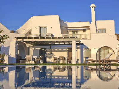 Photo for Aqua Breeze South Villa in Naxos with private swimming pool by the sea