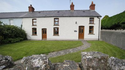 Photo for 4BR House Vacation Rental in Llangennith