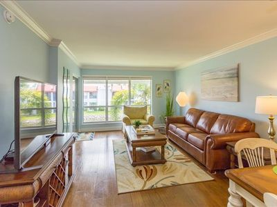Photo for AUGUST SPECIAL  $650/WK + fees  UNIT 208   UPDATED 1 BD X 1 BA  UNIT AT RUNAWAY BAY PET FRIENDLY UP TO 20#'S (SEE BELOW FOR PET FEES)