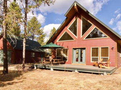 Photo for NEW LISTING! Spacious cabin w/ a fireplace, full kitchen, Ping-Pong, & a firepit