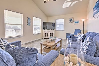 Surf's up at this Surfside Beach vacation rental that's perfect for a family!