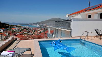 Photo for Modern seaview villa Panorama with pool and jacuzzi EOS-CROATIA