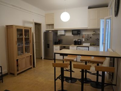 Photo for Large apartment with terrace 5 minutes from St Charles train station