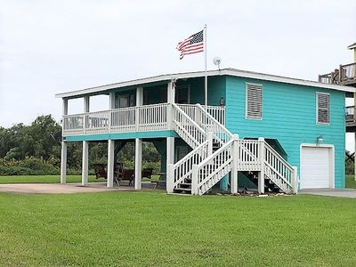 Sea Level is an adorable two bedroom beach house! Comfortable for sleeping 8.