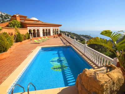 Photo for Altea la Vella Holiday Home, Sleeps 8 with Pool and Free WiFi