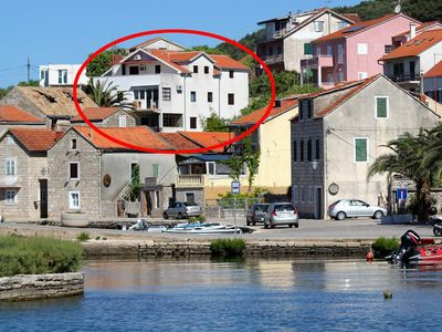 Photo for Apartment in Vrboska (Hvar), capacity 2+1