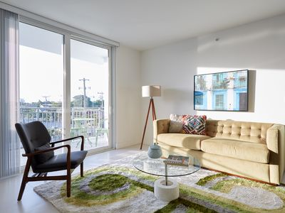 Photo for Sonder | Grove 27 | Stylish 3BR + 2 Balconies