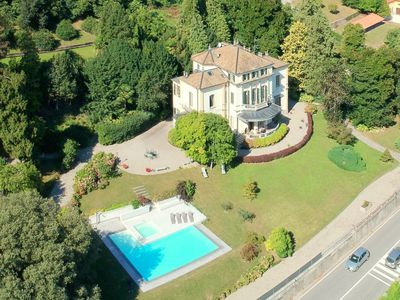 Photo for Historic villa a few meters from the shores of Lake Maggiore.