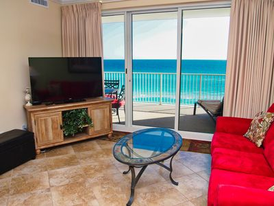 Photo for Relax and Enjoy the Free Beach Service in this Ocean Reef 2 Bedroom Condo!