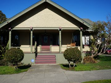 Charming 3 Bed / 1 Bath Home in Quiet Eureka Location