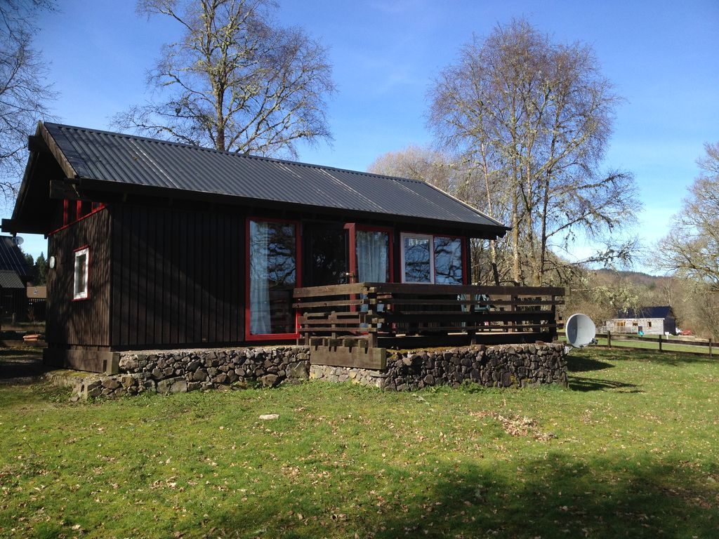 Cosy cabin with open views of Loch Awe.... - HomeAway Dalavich