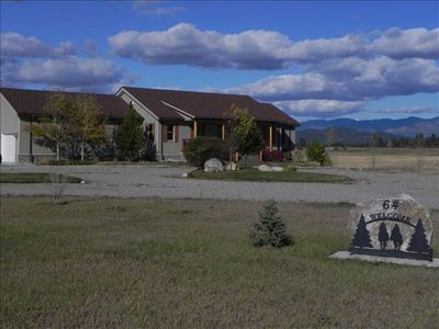 Front of the property, surrounded by mountain views.