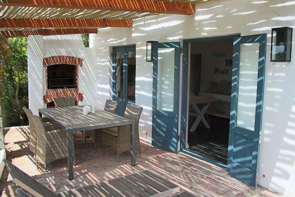 Cosy Beach House In Hermanus Just 100 Meters From The Sea Vermont