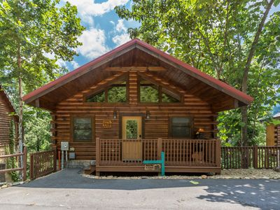 Out on a limb - 1 bedroom cabin just minutes away from downtown Gatlinburg