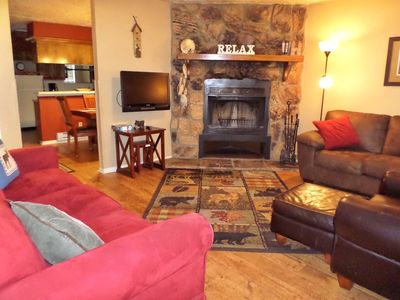 Photo for Valley Condo #122 - Fiber Optic high speed WiFi, Fireplace-Wood, Washer/Dryer, Community Hot Tubs,