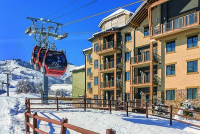 Ski-in / Ski-out directly from resort - no walking or lugging equipment around!