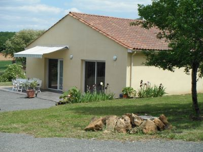 Photo for New house, quiet, heated pool, 110m2, 12, SARLAT, FREE WIFI.