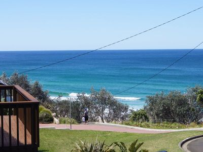 Photo for Ulladulla Rennies Beach House Getaway