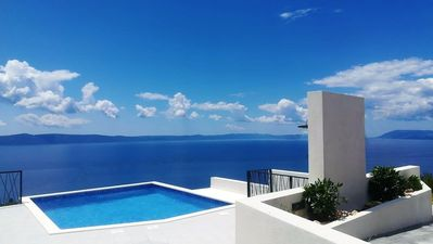 Photo for Villa Glory Grande with pool and breathtaking views of the sea