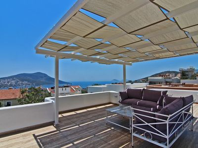 Photo for Town Centre Penthouse Apartment With Two Sea View Private Roof Terraces