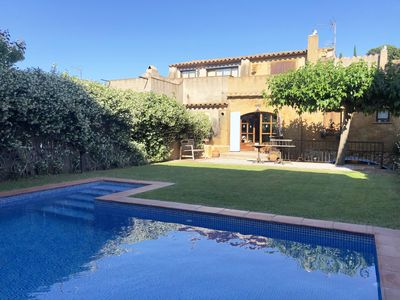 Photo for Holiday rental townhouse with swimming pool in Begur, Centre