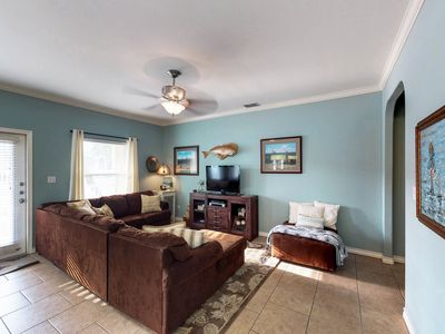 Photo for Charming dog-friendly home w/plenty of room, a shared pool, & prime location!