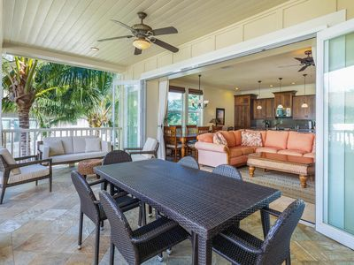 Photo for Beautiful Poolside Villa Open Layout With Pool, Fitness and Beach Access
