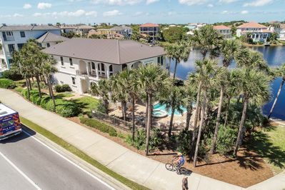 Enjoy gulf views at your lake front pool and lots of mature palm trees