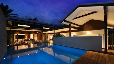 Executive four bedroom house in Port Douglas