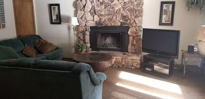 1421 Meadow Crest Classic One Level Cabin. Steps from the River!