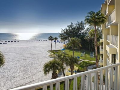 Photo for PERFECT GULF FRONT 1BR SUITE! POOLS, TENNIS, FITNESS, GRILL, PARKING. RIGHT ON THE BEACH