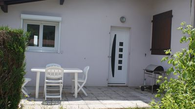 Photo for Nice quiet cottage, 1 km pond Hardy, near the city center.