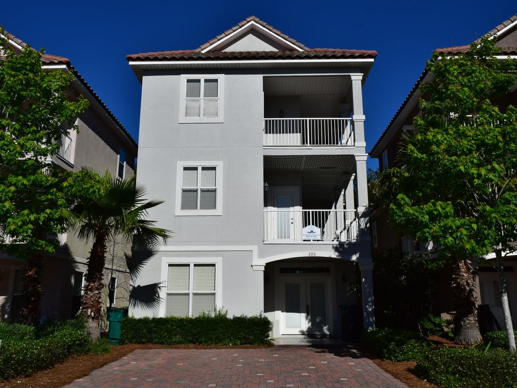 5 Star Reviewed Home Best Pool In Destin And Just Steps