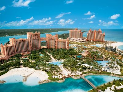 Photo for 3bdrm, sleeps10 at the Harborside Atlantis Resort