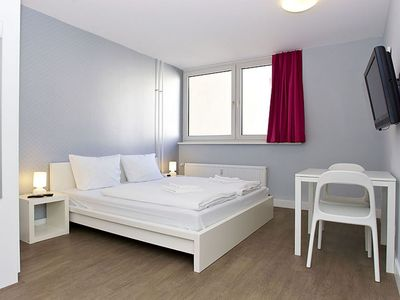 Photo for Cosy A 3.2 apartment in Kreuzberg with WiFi, shared terrace & lift.