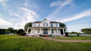 Photo for 5BR House Vacation Rental in Beechgrove, Tennessee