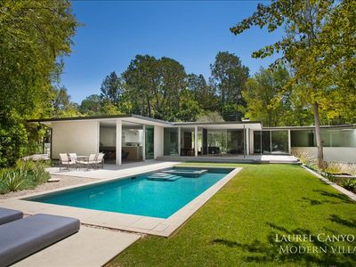Photo for Minimalistic Modern Hollywood Hills Villa With Pool and Hot Tub